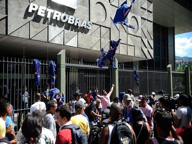 4ca0b24ff2503 Ex director de PETROBRAS acusa a funcionarios brasileros por actos ...