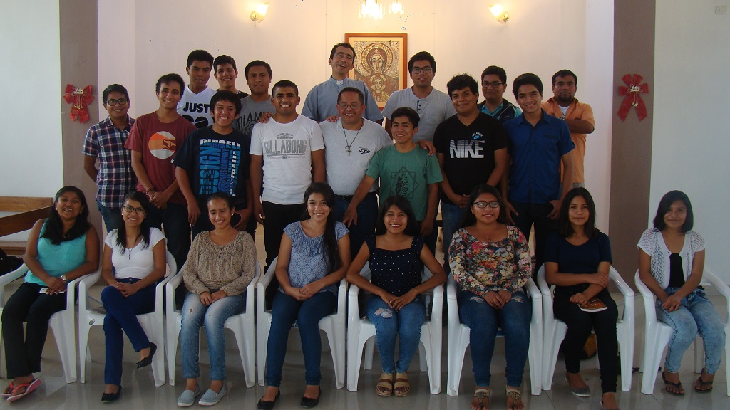 Voluntarios Trujillo Papa